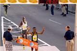 Deriba Merga wins the 2008 edition of the World's best 10km (Denni Lozza - Island Photography)