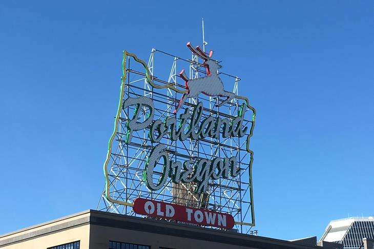 Portland, Oregon, Deer ()