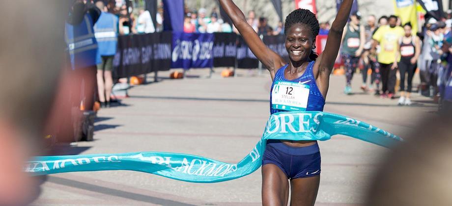 Stellah Barsosio wins the Sydney Marathon (Organisers)