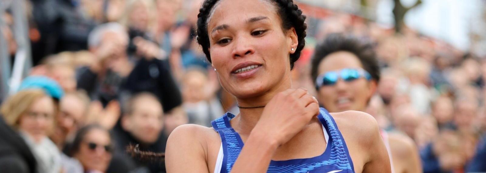 Weekend road round-up: Gidey smashes 15km world best in Nijmegen