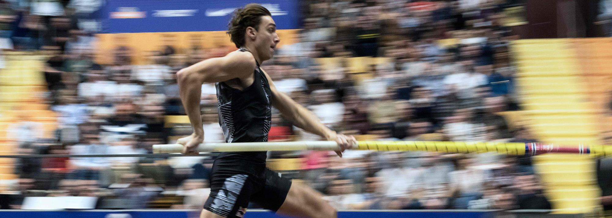 Duplantis scales 6.01m in Clermont-Ferrand