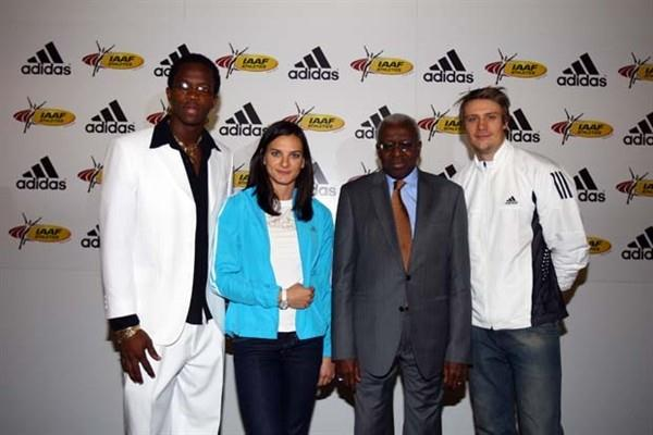 Dayron Robles, Yelena Isinbayeva, IAAF President Lamine Diack, Andreas Thorkildsen - 23 November 2008, adidas' 11 year contract with the IAAF (Getty Images)