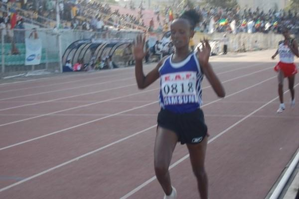 Aberu Kebede takes the women's 10,000m at the Ethiopian Championships (Elshadai Negash)