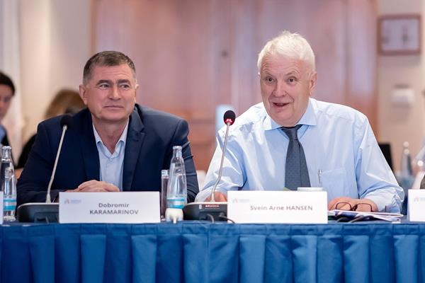 Dobromir Karamarinov with European Athletics President Svein Arne Hansen at a 2019 EA Council meeting (Getty Images)