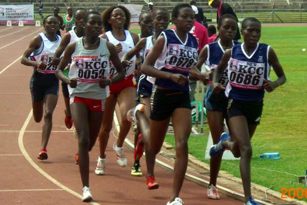 Florence Kiplagat leads the 1500m field at the Kenyan National Championships (Peter Njenga)