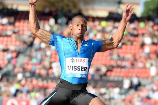 Zarck Visser in the Long Jump at the 2013 IAAF Diamond League meeting in Zurich (Jiro Mochizuki)