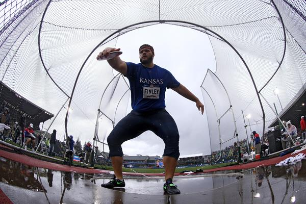 Mason Finley winning the discus throw at the US Olympic Trials (Getty Images)