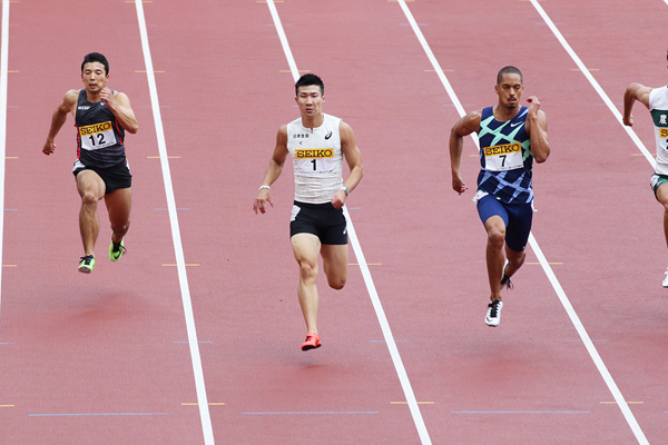 Yoshihide Kiryu and Aska Cambridge in the 100m at the Seiko Golden Grand Prix in Tokyo (JAAF)
