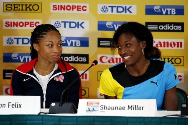 Allyson Felix and Shaunae Miller at the pre-event press conference ahead of the IAAF/BTC World Relays, Bahamas 2015 (Getty Images)