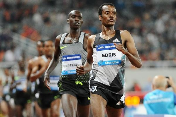 Muktar Edris winning the 5000m at the 2016 IAAF Diamond League meeting in Shanghai (Errol Anderson)