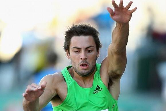 Mitchell Watt improves to 8.44m in Melbourne ( )