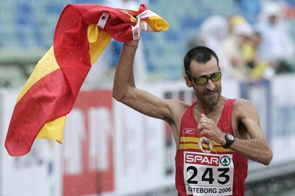 Jesus Angel Garcia wins the 2006 European 50km race walk silver medal (AFP / Getty Images)