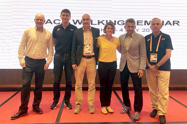 Tim Berrett, Stéphane Bermon, Maurizio Damilano, Jane Saville, Robert Korzeniowski and Luis Saladie at the IAAF Race Walking Seminar in Taicang (IAAF Race Walking Committee)
