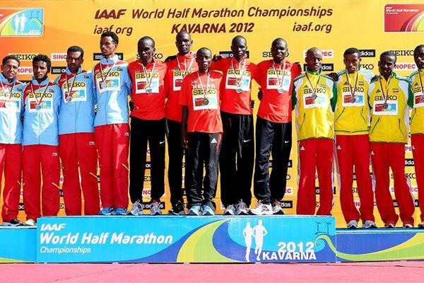 Men's team podium in Kavarna: silver medallists Eritrea, winners Kenya, and bronze medallists Ethiopia (Getty Images)