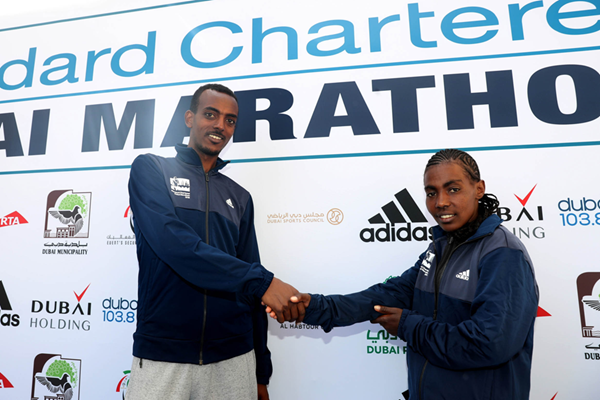Tamirat Tola and Worknesh Degefa ahead of the 2018 Dubai Marathon (Giancarlo Colombo / organisers)