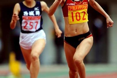 Chisato Fukushima set a new national record at women's 200m in Shizuoka Japan, 3 May 2009 (PHOTO KISHIMOTO/Koji YAMAZAKI)