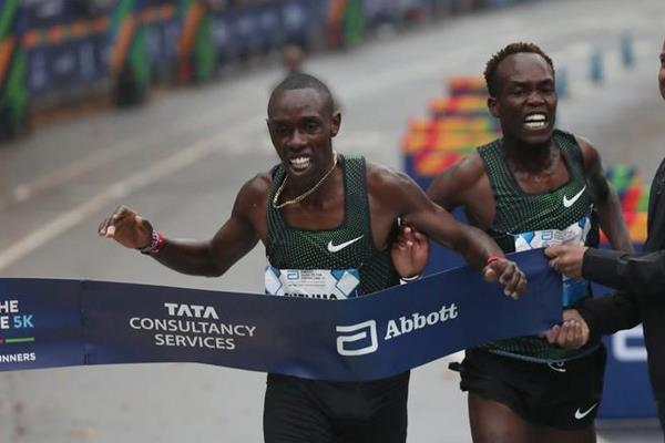 Paul Chelimo edged Shadrack Kipchirchir to take the US 5km title in New York (Courtesy of New York Road Runners)