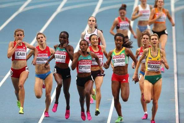 Action shot in the womens 1500m semi-finals at the IAAFWorld Championships Moscow 2013 (Getty Images)