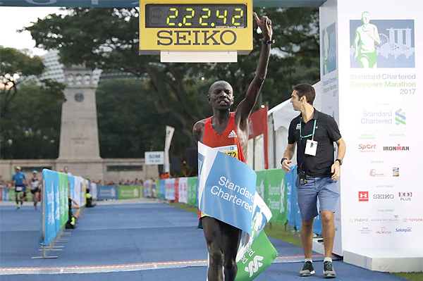 Cosmas Kimutai wins the Singapore Marathon (Organisers)