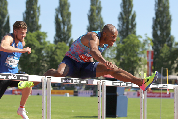 Damian Warner in the decathlon 110m hurdles at the Hypo Meeting in Gotzis (Jean-Pierre Durand)