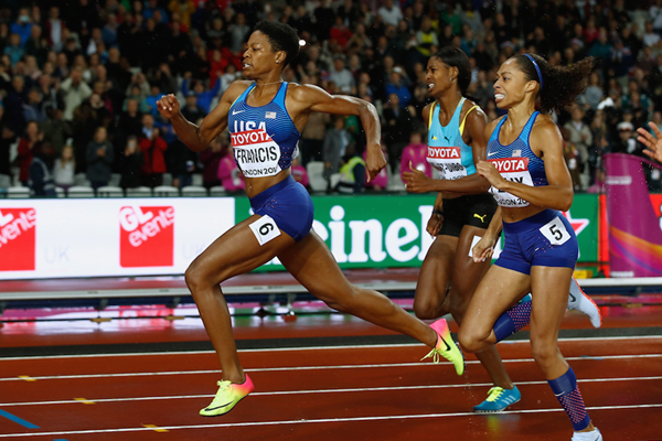Phyllis Francis Pulls Through for London Victory ()