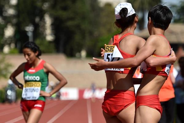 Ma Zhenxia and Ma Li celebrate their 1-2 finish in the U20 women's 10km at the IAAF World Race Walking Team Championships Rome 2016 (Getty Images)