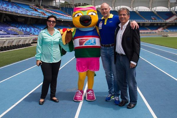 Members of the Cali 2015 local organising committee with 'Tangarita', the official mascot, and Swedish delegate Jonas Ansehelm (Cali 2015 LOC)