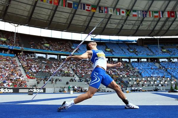 Finland's Tero Pitkämäki launches a javelin in the men's final at the 12th IAAF World Championships in Athletics in Berlin (Getty Images)