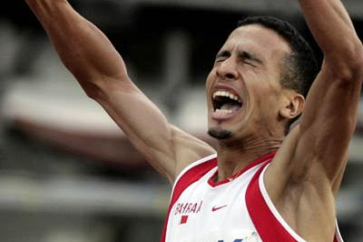Rashid Ramzi of Bahrain celebrates winning the 800m final (Getty Images)