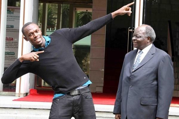Usain Bolt with Kenyan president Mwai Kibaki in Nairobi (Elias Makori)