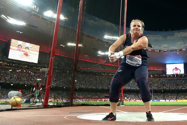Alexandra Tavernier in the hammer final at the IAAF World Championships, Beijing 2015 (Getty Images)