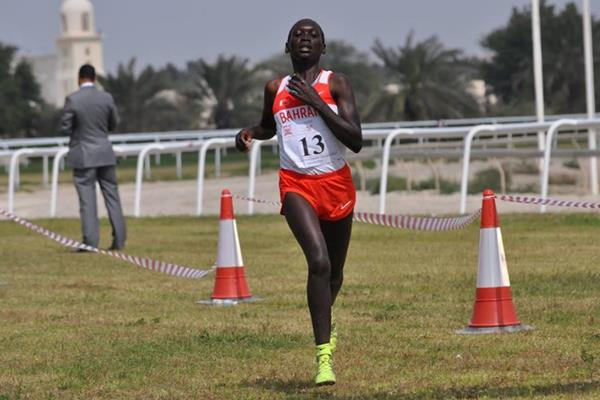 Eunice Chumba wins the senior women's race at the 2016 Asian Cross Country Championships (AAA)