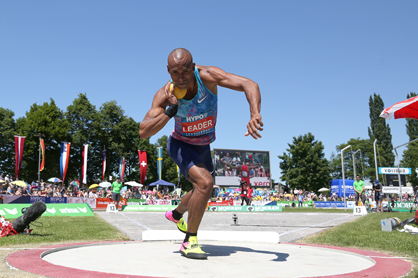 Damian Warner in the decathlon shot put at the Hypo Meeting in Gotzis (Jean-Pierre Durand)