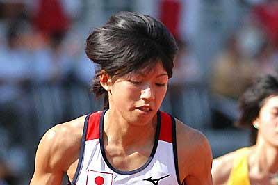 Japan's 400m runner Asami Tanno  sets off to victory in Macau (Peh Siong San)