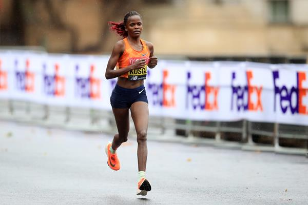 Brigid Kosgei on her way to winning the London Marathon (Getty Images)