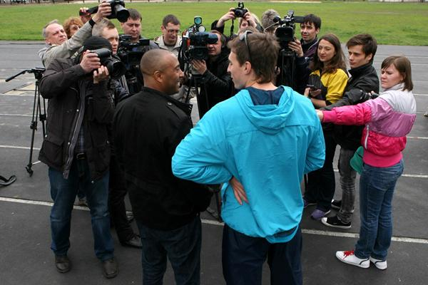 Colin Jackson and Sergey Shubenkov talk in front of the media (Luke Tchalenko)