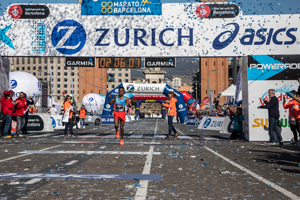 Alemu Bekele wins the Barcelona Marathon (Organisers)