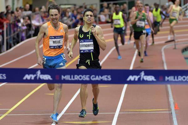 Matt Centrowitz holds off Nick Willis to win the Wanamaker mile at the Millrose Games (Kirby Lee)