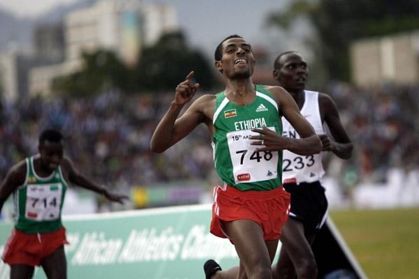 Kenenisa Bekele takes the 5000m title in Addis Ababa (JOSE CENDON/AFP/Getty Images)