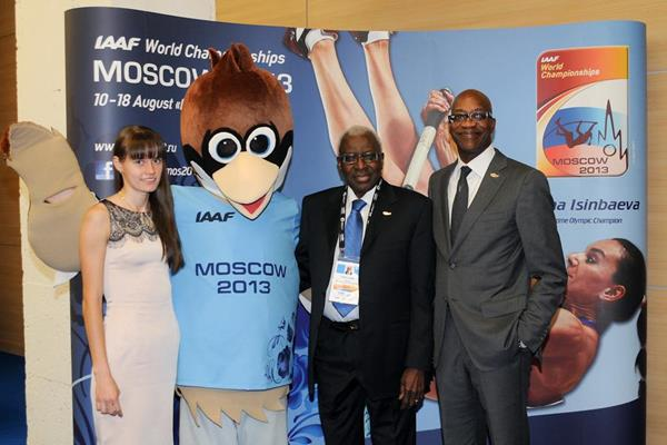 Elena Lashmanova, Lamine Diack and Edwin Moses with the mascot for the IAAF World Championships Moscow 2013 (Organisers)