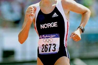 Kjersti Plätzer - winning the Olympic 20km Race Walk silver in 2000 (Getty Images)