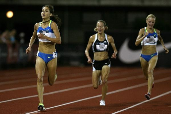 Kara Goucher en route to her 5000m victory at the US Trials ahead of Jen Rhines and Shalane Flanagan (Getty Images)