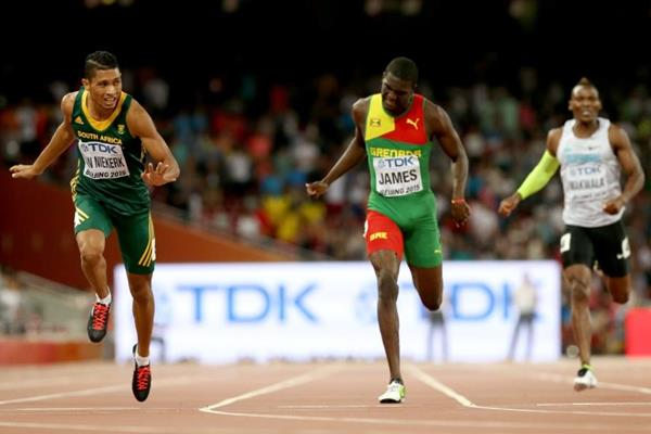 Wayde van Niekerk wins the 400m at the IAAF World Championships Beijing 2015 (Getty Images)