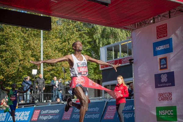 Leonard Langat wins the Cardiff Half Marathon  (Organisers)