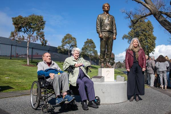 Peter Norman's coach Neville Sillitoe, Norman's mother Thelma and daughter Janita at the Norman statue unveiling ceremony in Melbourne (Brian Roe)
