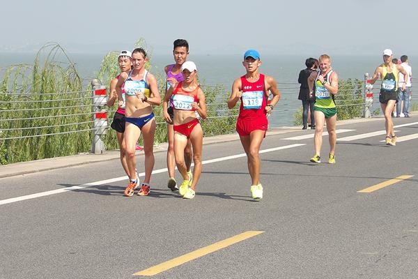 Lyudmyla Olyanovska leads from Qieyang Shenjie in Wuzhong (Organisers)