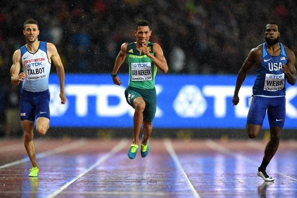 Daniel Talbot, Wayde van Neikerk and Ameer Webb in the 200m semi-finals at the IAAF World Championships London 2017 (Getty Images)