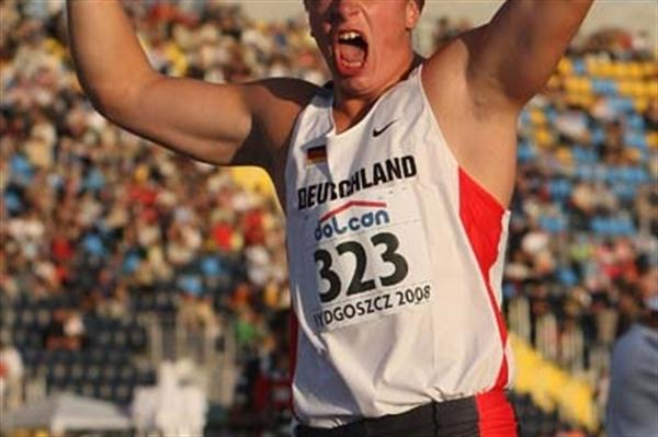 David Storl of Germany celebrates winning the Men's Shot Put at the 2008 World Junior Champs (Getty Images)