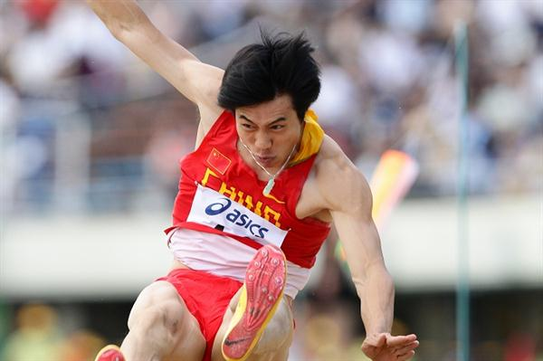 Su Xiongfeng of China tooks Asian Championships gold in Kobe (Yohei Kamiyama (Agence Shot))