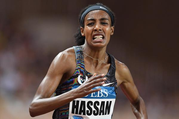 Sifan Hassan en route to the mile world record at the IAAF Diamond League meeting in Monaco (Jiro Mochizuki)